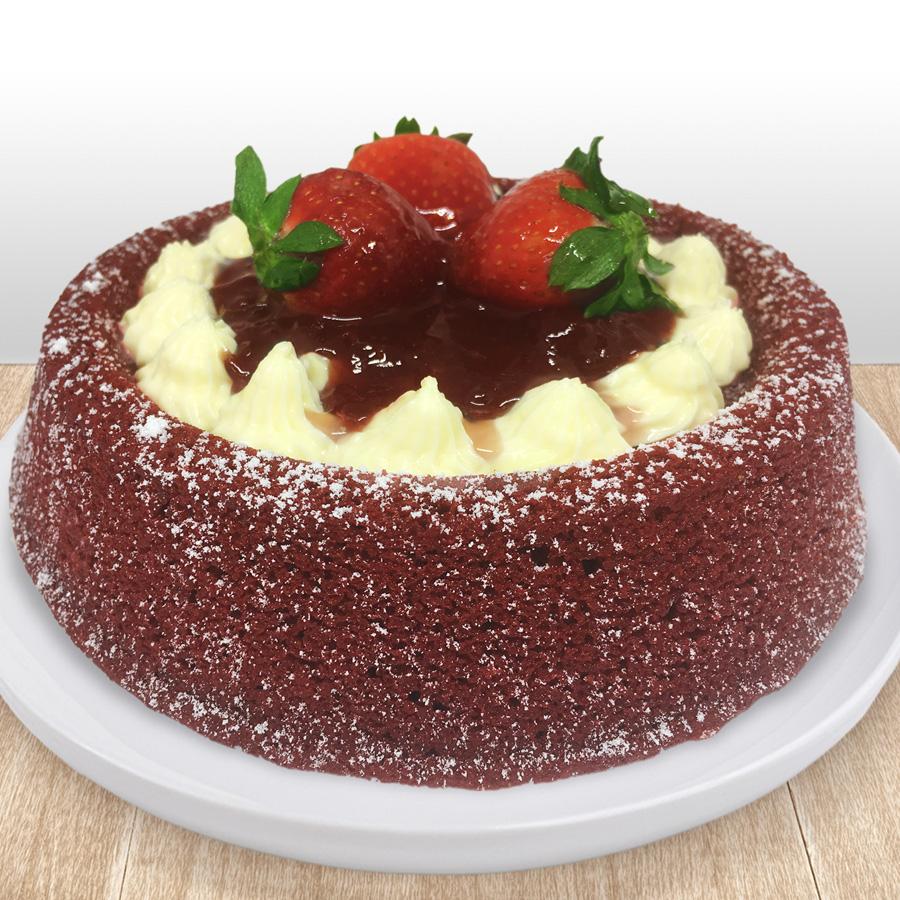 pool-cake-red-velvet